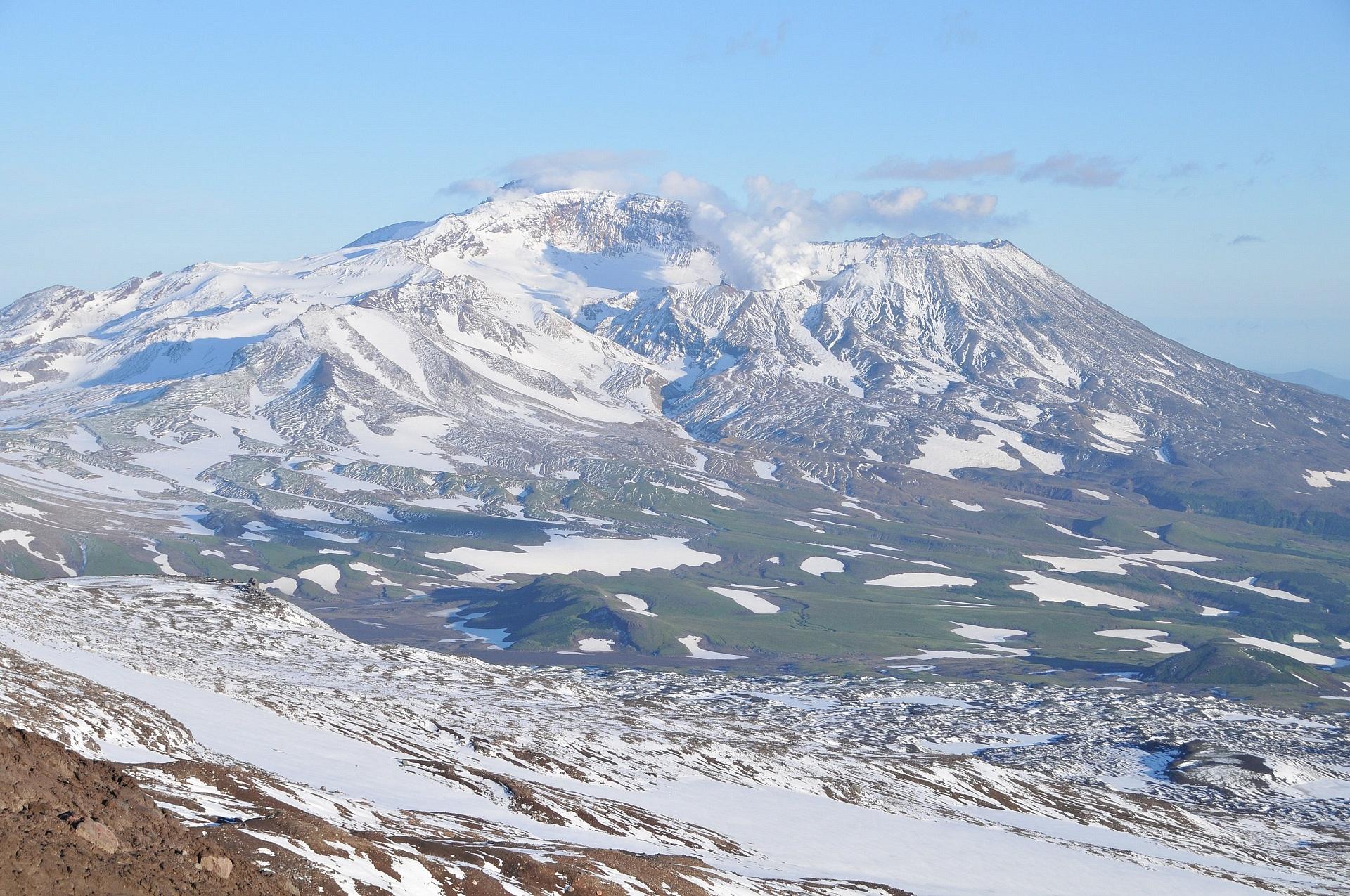 Mutnovskiy volcano