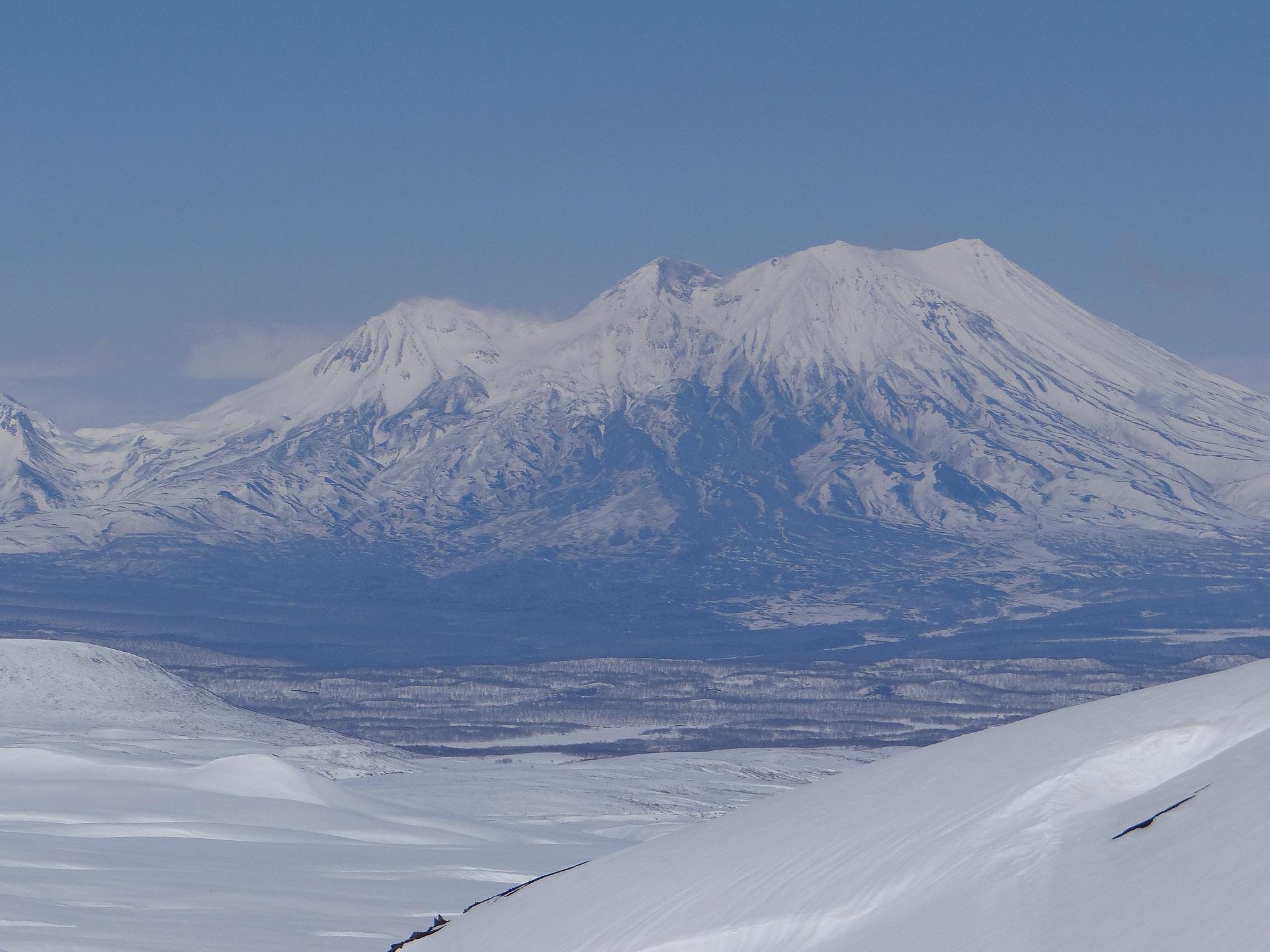 Zhupanovskiy volcano